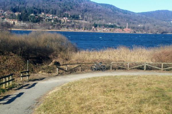 Bike Tour around the Lakes of Comabbio and Varese